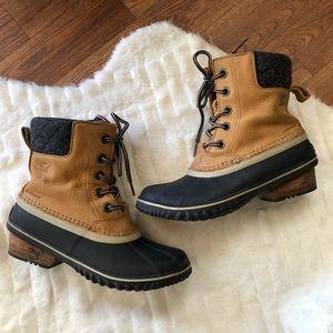 Sorel tan waterproof ankle boots Size 7.5